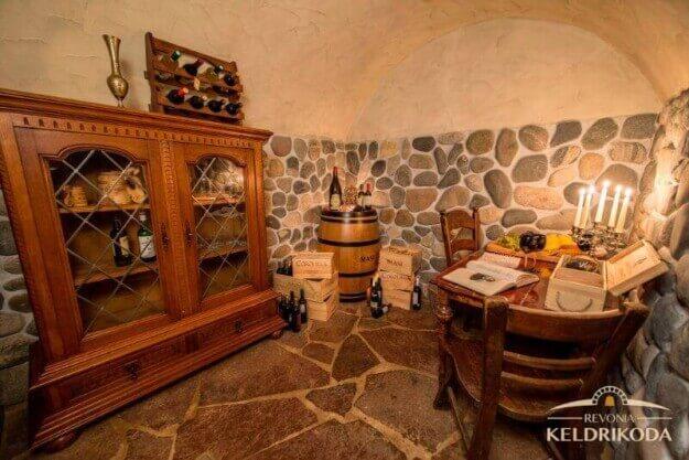 Auf der Suche nach Ideen für einen Weinkeller? Suchen Sie nicht länger!